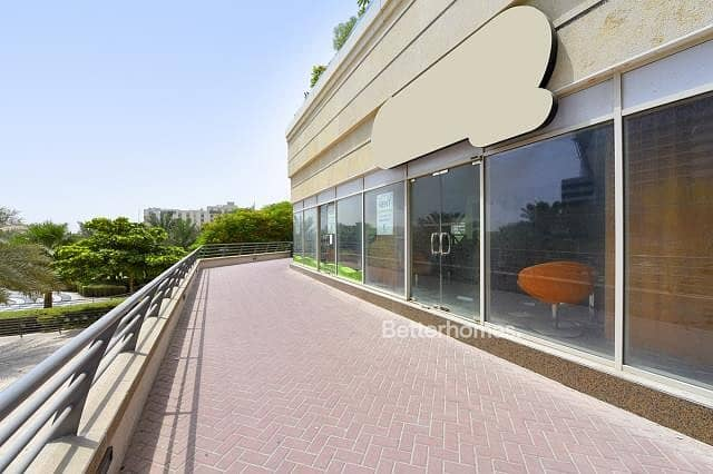 2 Fitted retail   Ground floor   Park View