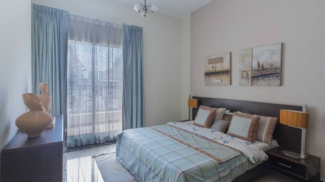 Lovely 1BR + Maid in Pantheon Boulevard