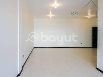 فلیٹ 3 غرفة نوم للايجار في الخالدية، أبوظبي - One Month Rent-Free  3BR + M with 4 Baths + Balcony No Commission