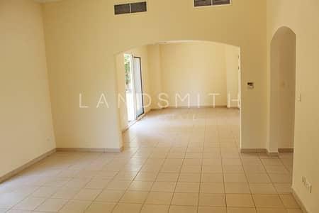 3 Bedroom Villa for Sale in The Meadows, Dubai - Cosy 3 Bedroom + Study Villa in Meadows 9