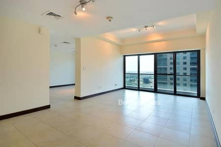 4 Bedroom Apartment for Sale in Jumeirah Lake Towers (JLT), Dubai - Lake View I High Floor I 4+Maids