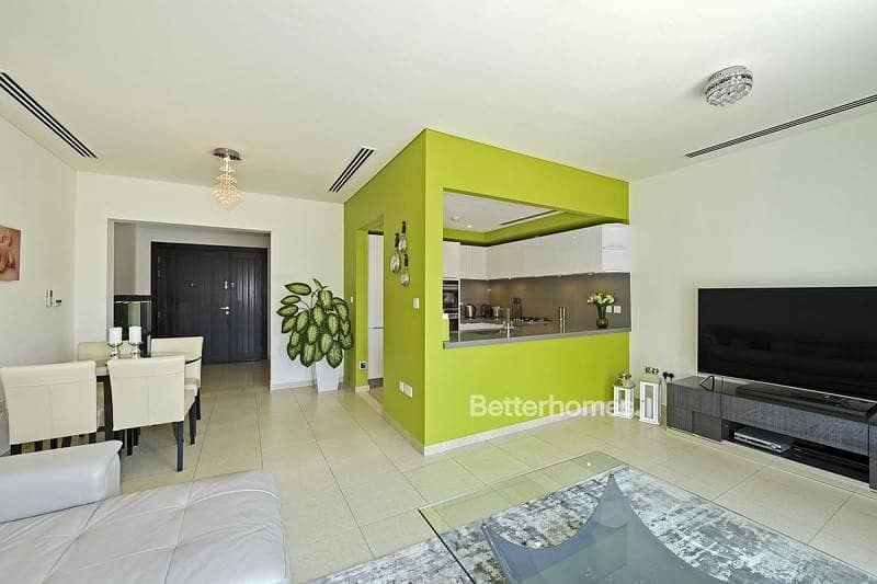 2 Fully Upgraded Unit | Park View | As New