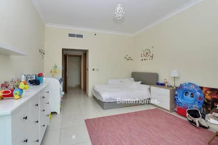 2 Bedroom Flat for Sale in Dubai Marina, Dubai - Marina View | High Floor | Study and Maids Room