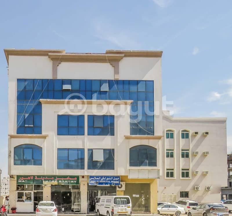 مبنى سكني تجاري( أرضي   3 أدوار)