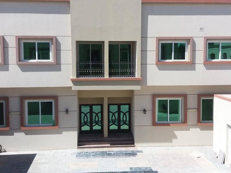 Amazing brand new European 1bedroom flat for rent in Khalifa city cols to khalif market balcony
