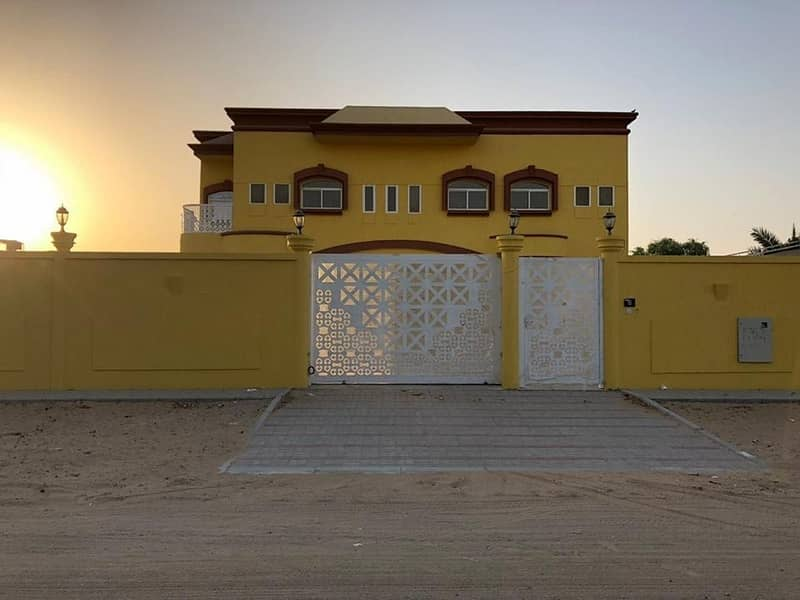 For sale two storey villa in Al Nouf area with electricity and water personal finishes