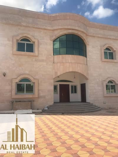 فیلا 6 غرفة نوم للبيع في الياش، الشارقة - For sale a two storey villa completely stone finished personal stone