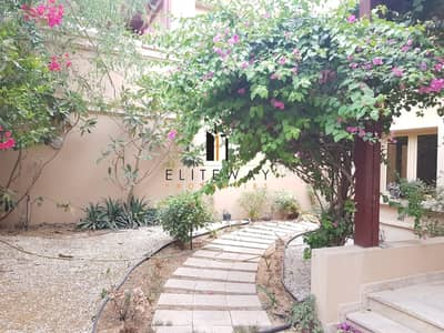 4 Bedroom Villa for Rent in Khalifa City A, Abu Dhabi - great villa 4 beds with privet pool and beautiful garden