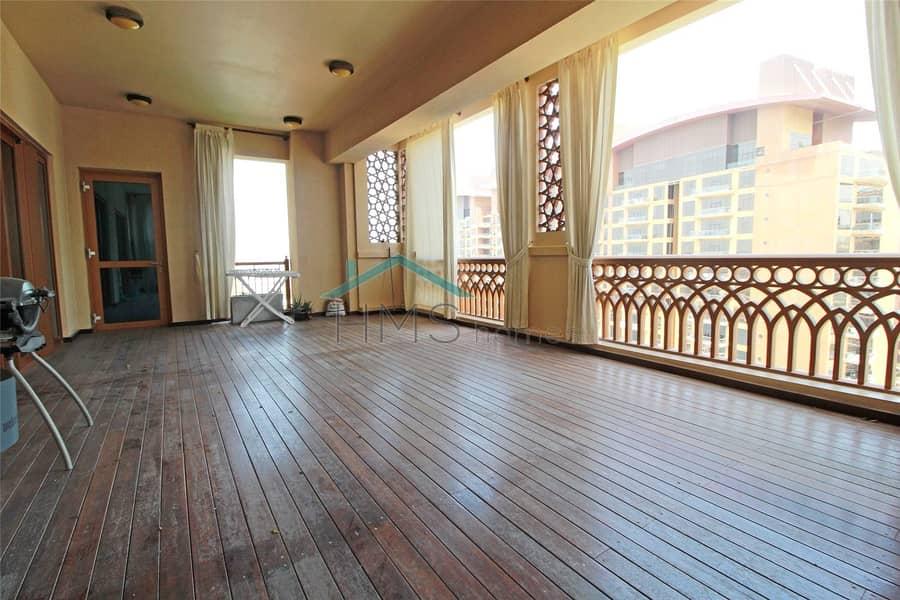 11 High Floor | Extended Balcony | Type B