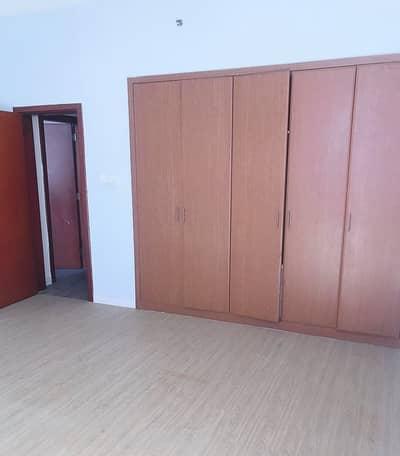 شقة في برج الصقر عجمان وسط المدينة 2 غرف 340000 درهم - 3813962