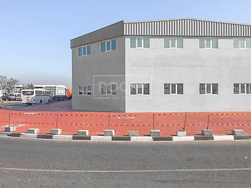 Brand New Warehouse in Ras Al Khor Near to exit