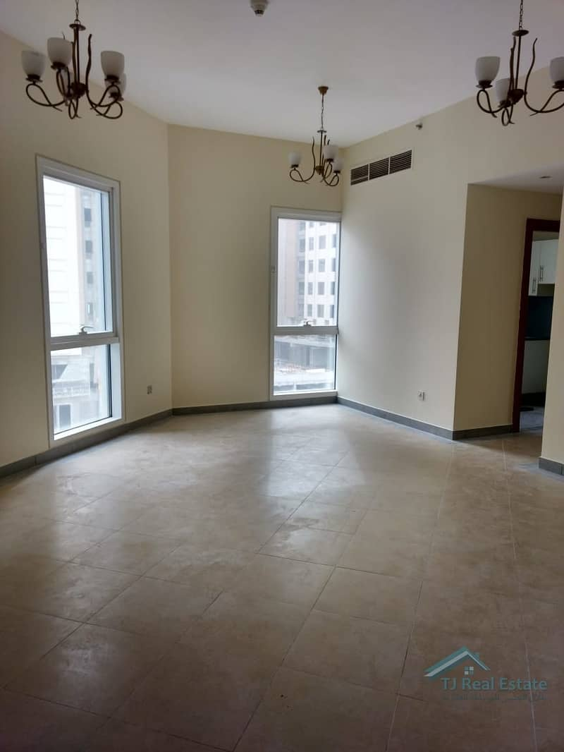 1  Bed For Rent In Madison Residency
