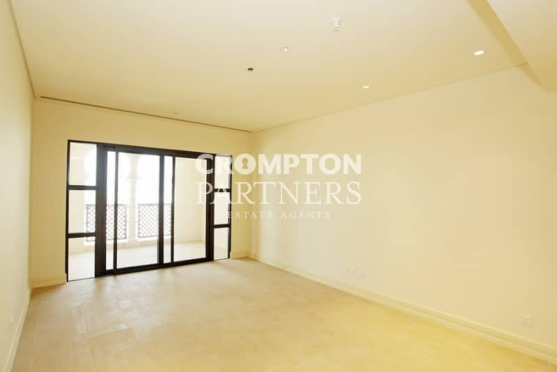 10 Sea  View  Balcony with Great Facilities