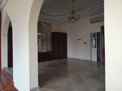 4 Bedroom Villa for Sale in Al Gharayen, Sharjah - villa for sale in Al-Qarain2 17500 foot