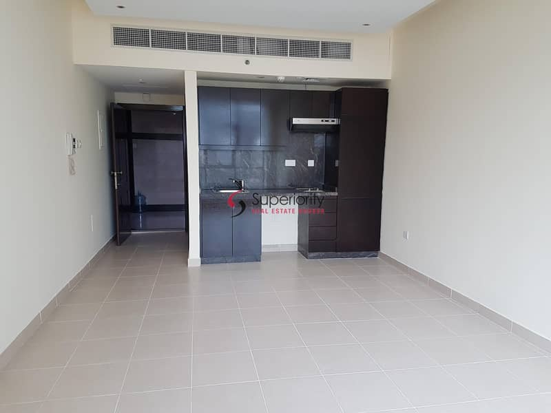 2 Ready to Move in| Captivating Studio in Dubai Marina| Call Now!