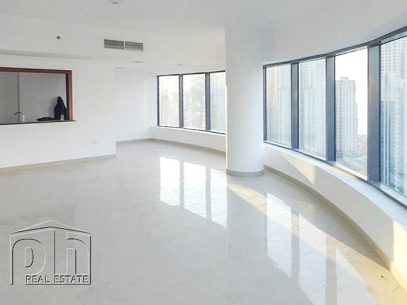 Huge 3 bed apartment with stunning view