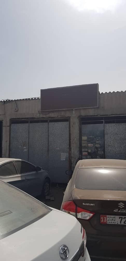 محل تجاري في المنطقة الصناعية 7 المنطقة الصناعية 65000 درهم - 3451380