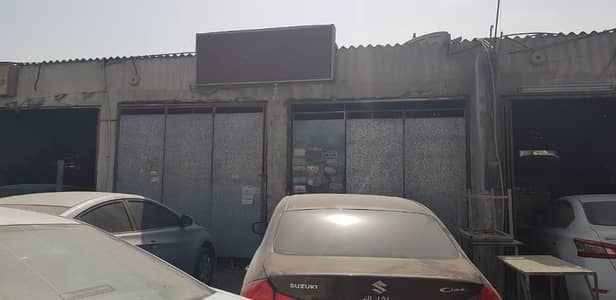 Shop for Rent in Industrial Area, Sharjah - Workshop available in industrial area 7