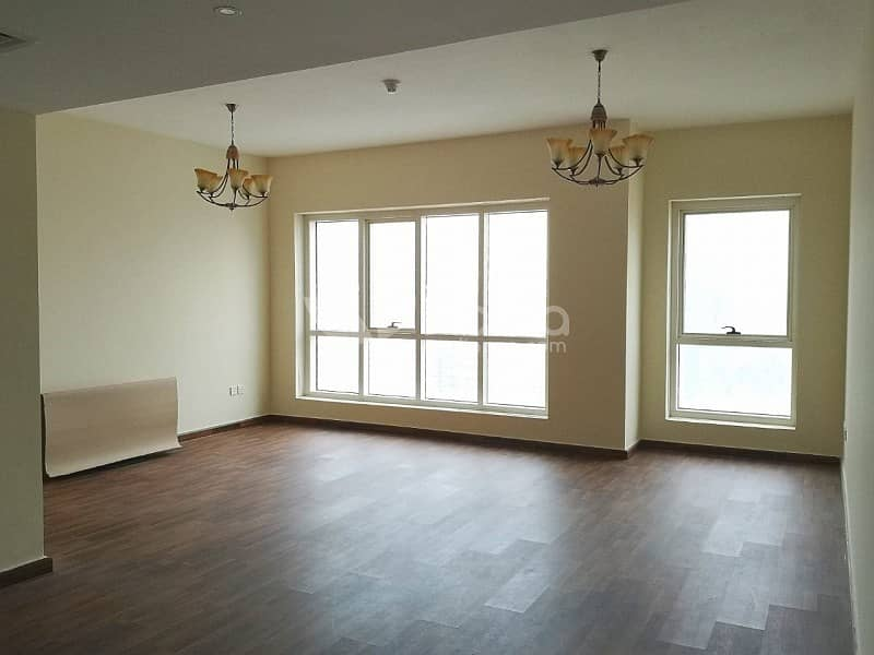 2 Fully Renovated 2 Bedroom + Laundry | Lake Point| JLT
