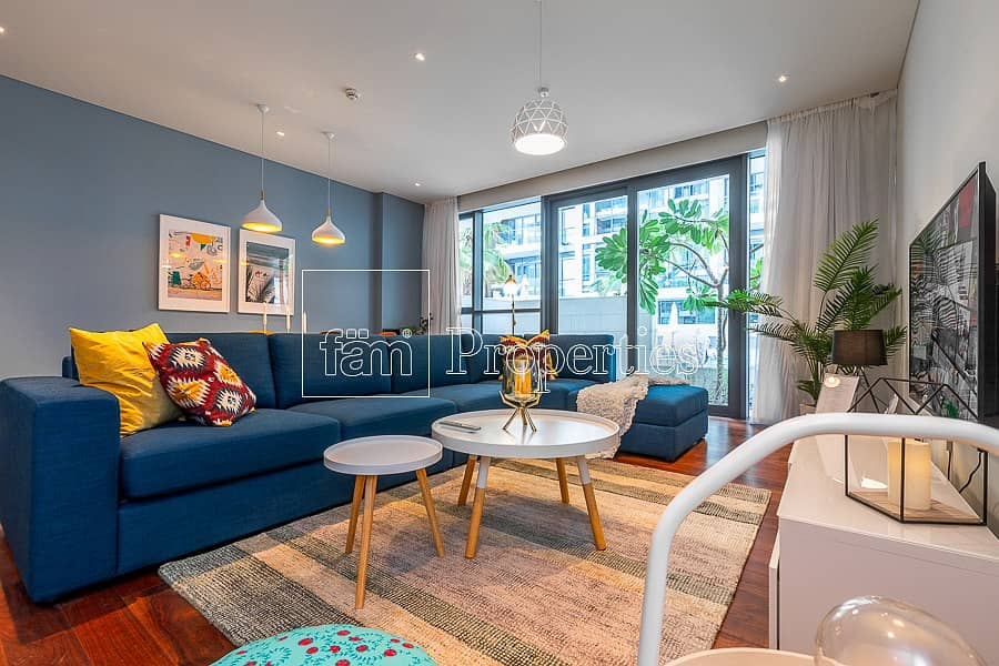 11 Stylish New 1 BR And Community Pool View