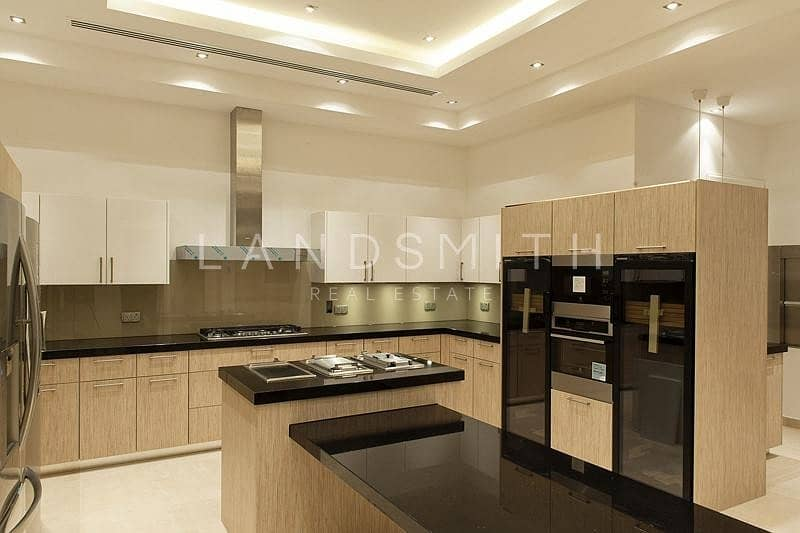 17 Luxurious 8BR Villa on the Lake in Emirates Hills