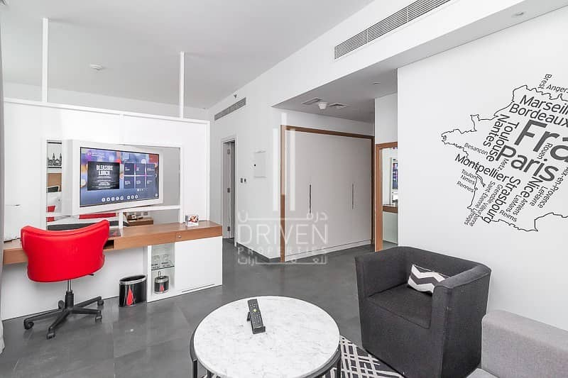 Luxurious 1 Bed Hotel Apt|Great Location