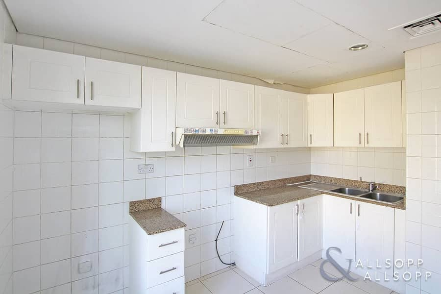 2 Springs 10   2 Beds   Ideal Investment