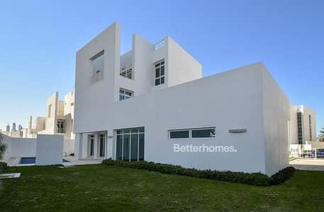 5 Bedroom Villa for Sale in Al Sufouh, Dubai - Brand New | Luxury Finishing | Triplex