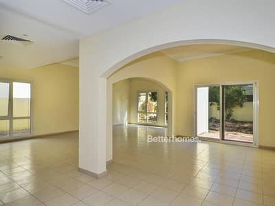 5 Bedroom Villa for Sale in The Meadows, Dubai - Type 7 |Landscaped| Very well maintained