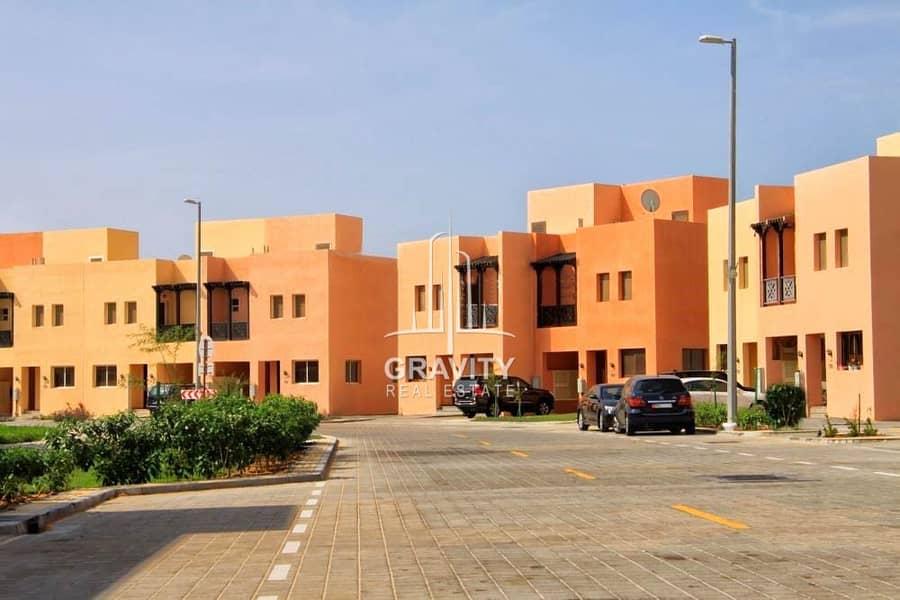 Top Standard 3BR Villa w/ huge terrace in Hydra Village