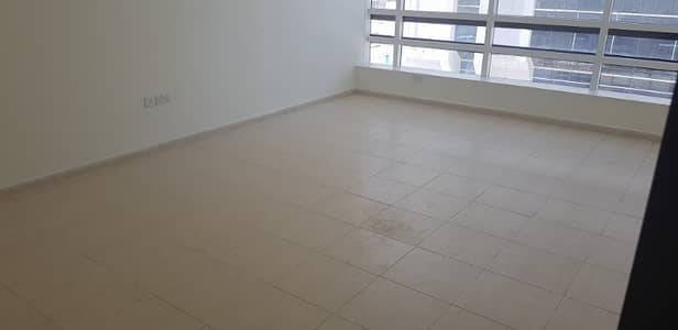 3 Bedroom Apartment for Rent in Defence Street, Abu Dhabi - 3 Bhk Flats Available near Al Wahda Mall for Rent 70k