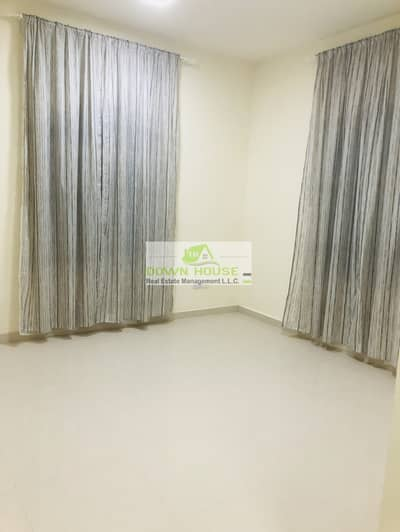 3 Bedroom Flat for Rent in Khalifa City A, Abu Dhabi - super clean 3 master bedrooms hall near khalifa market
