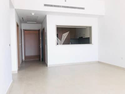 1 Bedroom Flat for Rent in The Hills, Dubai - Vacant 1 Bed Brand New  Apt in The Hills A1