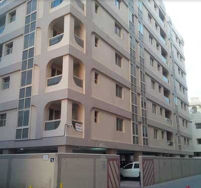 2 BED ROOM HALL  FLAT IN BUR DUBAI ON COMPUTER STREET BEHIND PALM BEACH HOTEL