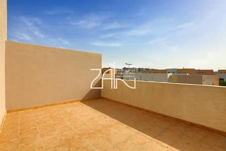 3 Bedroom Villa for Sale in Al Reef, Abu Dhabi - Single Row Large 3BR with Private Garden