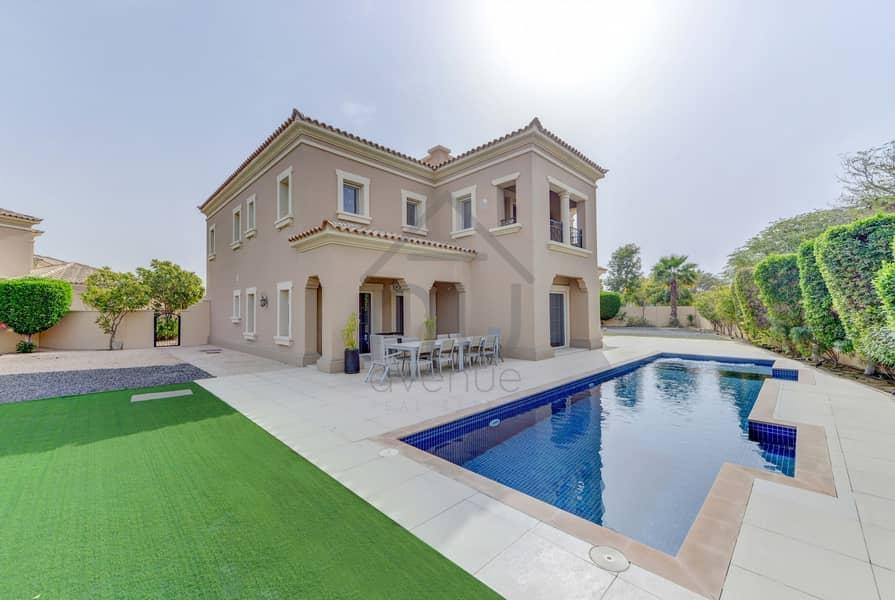 Exclusive | Stunning 5BR Villa | Huge Plot