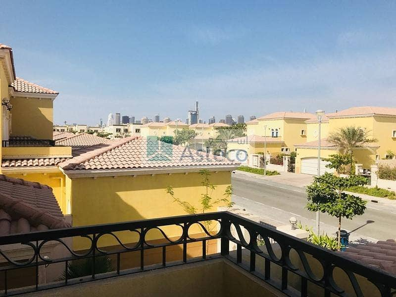 4 3BR  Villa Easy viewing at Jumeirah Park