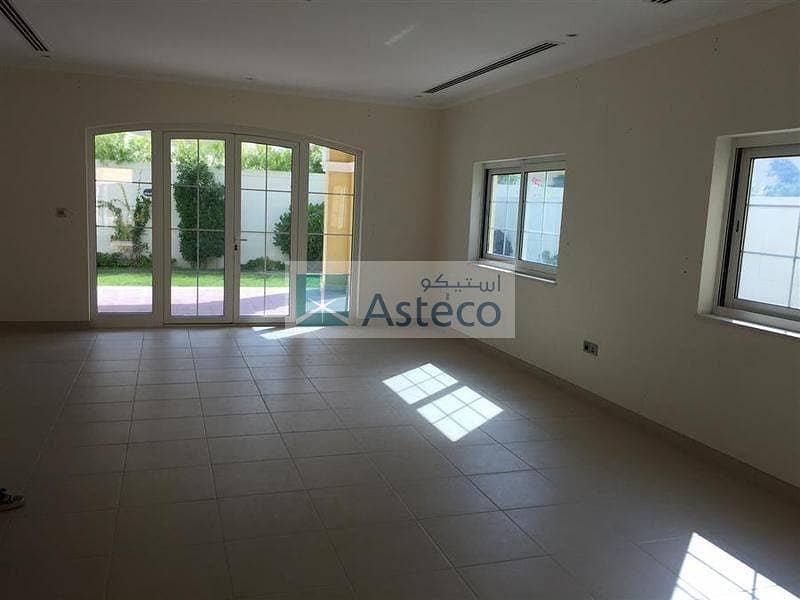 10 3BR  Villa Easy viewing at Jumeirah Park