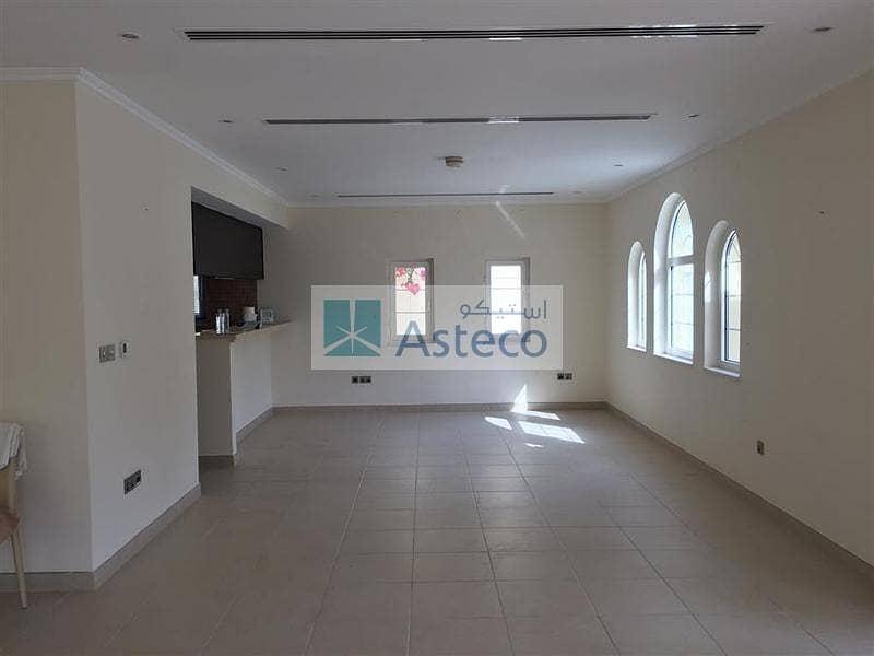 12 3BR  Villa Easy viewing at Jumeirah Park
