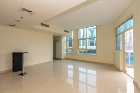 Studio for Rent in Dubai Marina, Dubai - Spacious Studio for Rent at Yacht Bay.