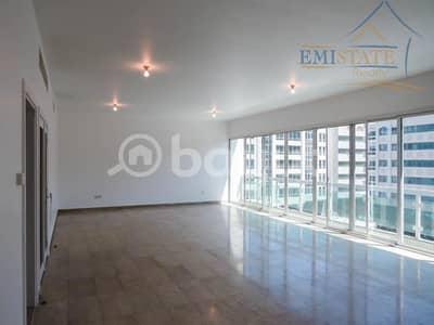 فلیٹ 4 غرف نوم للايجار في الخالدية، أبوظبي - Spacious 4BR + M with 5 Bath No Commission on Higher Floor