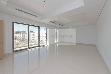 شقة 2 غرفة نوم للايجار في القرهود، دبي - NO Agency Fee and Free A/C |1 Month Rent
