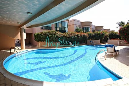 CANAL VIEW 5BED+MAID'S VILLA WITH GARDEN