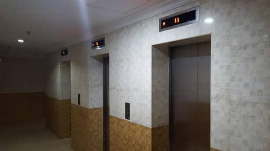 استوديو  للايجار في المجاز، الشارقة - للايجار بشارع جمال عبد الناصر الرئيسي - استديو مساحة واسعة - برج عائلات