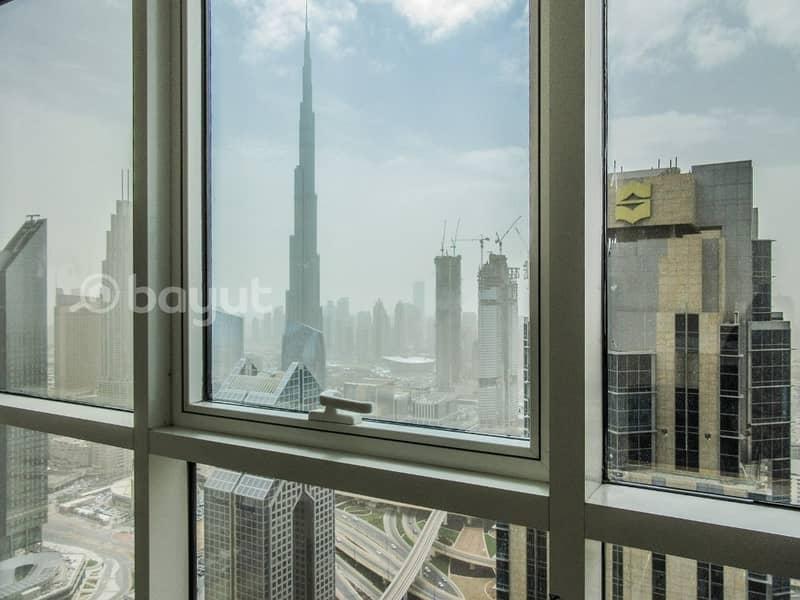 مكاتب مفروشة و جديدة في طوابق عالية في شارع الشيخ زايد و اطلالات خلابة على برج خليفة بأسعار منافسة. .