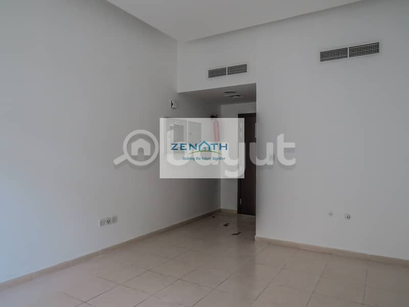 One Month Free Rent - Office in Naif