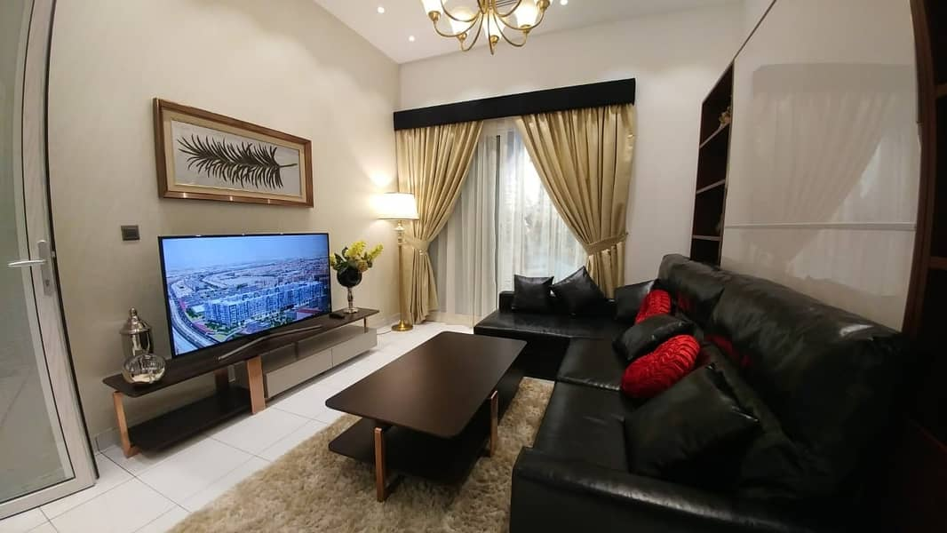OWN  STUDIO  IN DUBAI 2900AED MONTHLY ON 6 YEARS