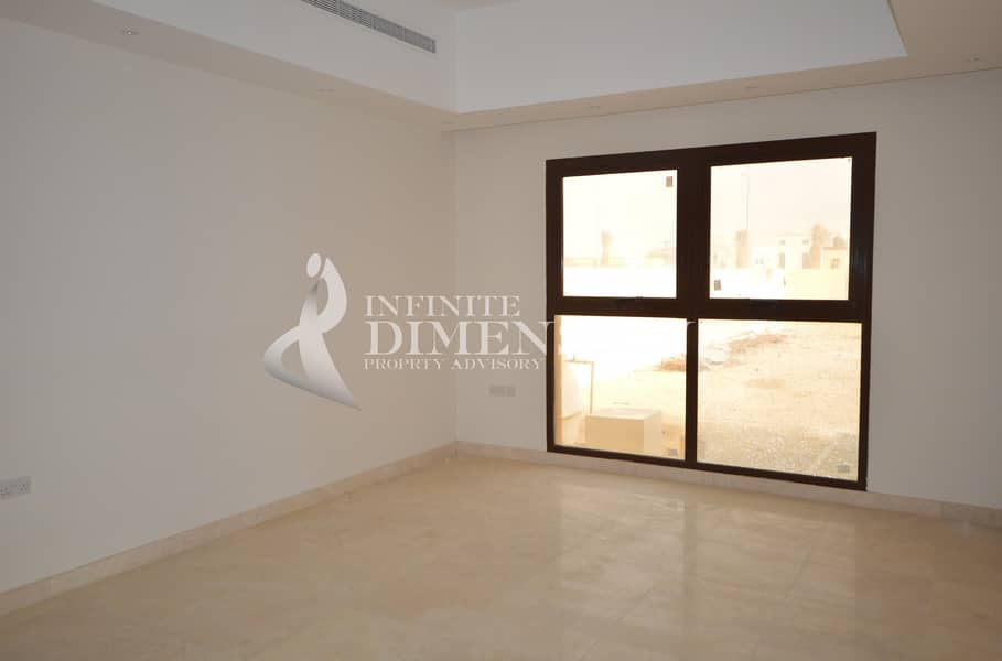 10 Brand new and Modern 4BR Villa with Driver Rm+Pool