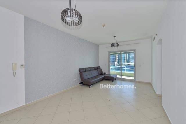 Lovely Two Bedroom apartment Vacant