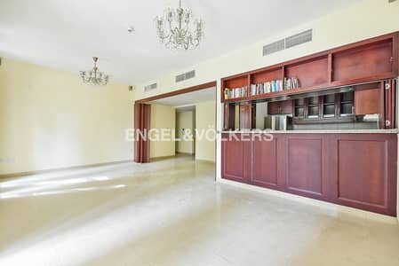 2 Bedroom Flat for Rent in The Views, Dubai - Private Courtyard | Arno A |  Spacious 2 BR